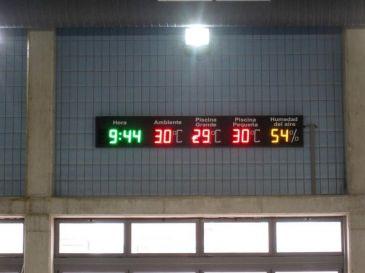Ayuntamiento murcia instala paneles led en tres piscinas for Piscinas municipales elche