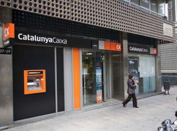 Catalunyacaixa inicia el cambio de imagen corporativa en sus oficinas qu es - Oficinas la caixa bilbao ...