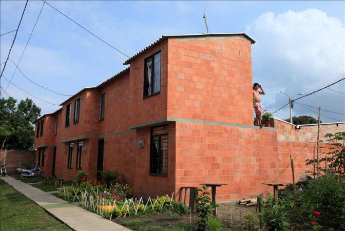 El precio de la vivienda nueva en colombia subi un 11 33 for Precio por metro cuadrado de construccion