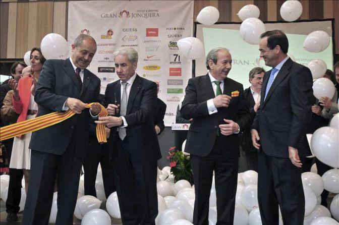 Un nuevo centro comercial en la jonquera genera 550 empleos qu es - Centro comercial la jonquera ...