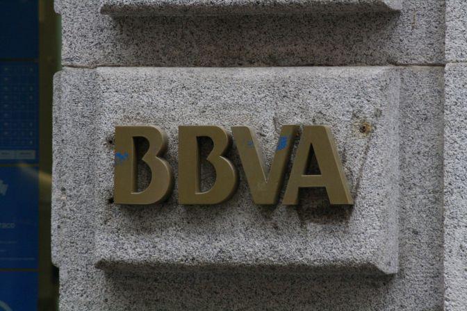 Bbva prev reducir un 20 la red de oficinas y la for Red oficinas bbva