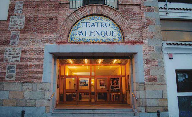 El teatro palenque de talavera de la reina acoge la - El mercadillo de talavera ...